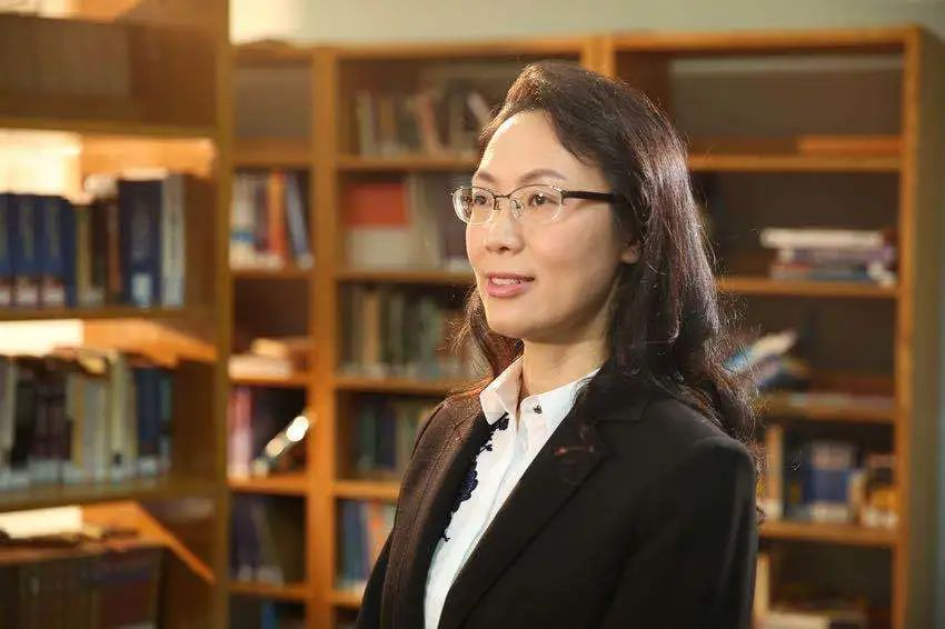 句容碧桂园学校教学副校长杨永珍