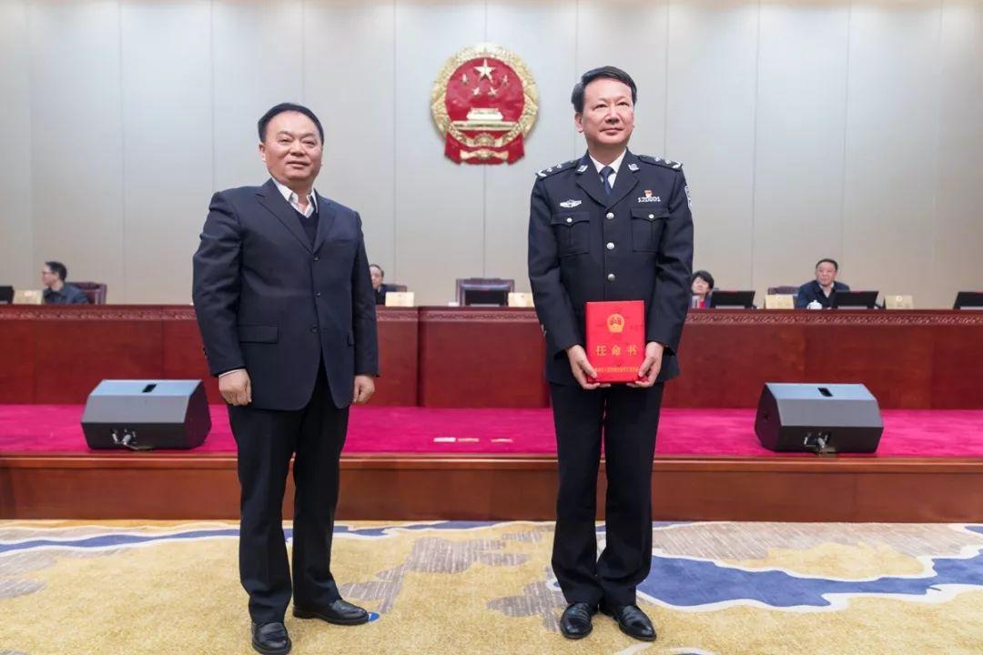 陈金观同志任泰州市副市长、市公安局局长